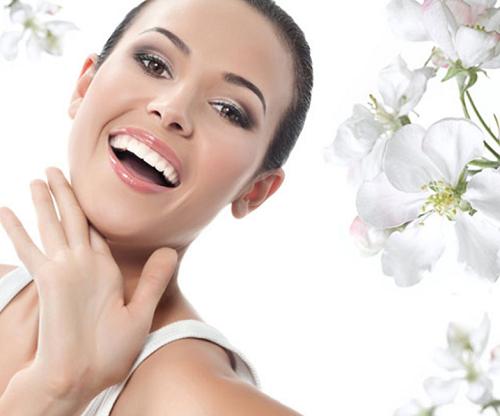 Chia sẻ kinh nghiệm – Bọc răng sứ có đau không