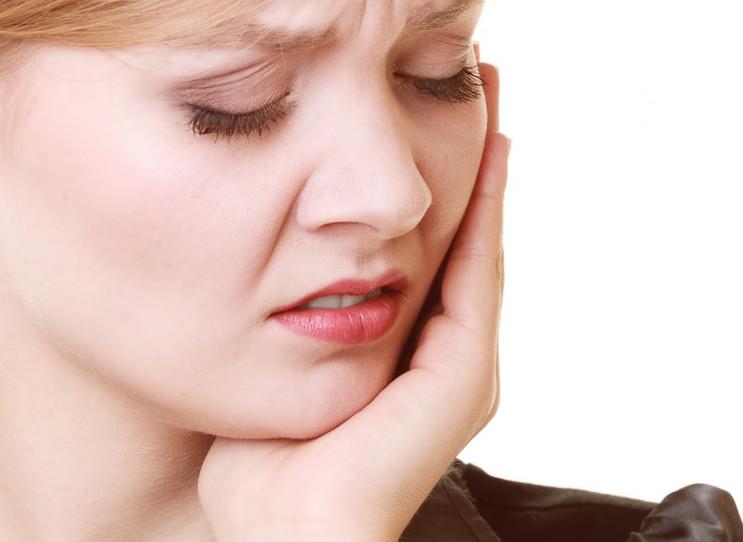 Đau răng nên kiêng ăn gì là vấn đề được nhiều người quan tâm