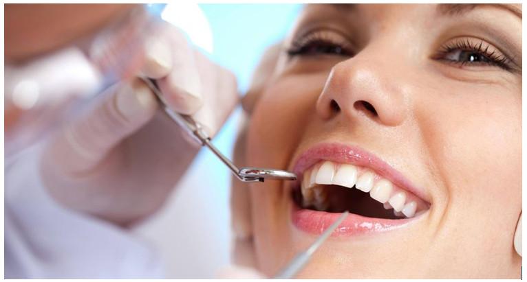 Khám răng định kỳ là vô cùng cần thiết để bảo vệ sức khỏe răng miệng