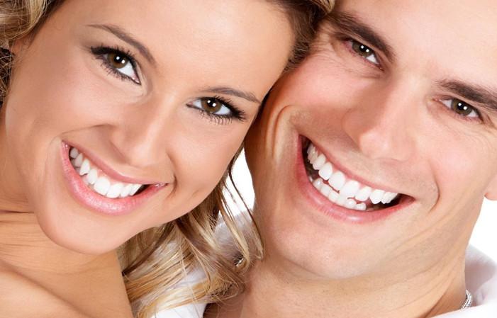 Niềng răng tháo lắp mang lại tự tin trong giao tiếp
