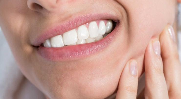 Nhức răng hàm nguyên nhân và cách chữa trị triệt để tận gốc